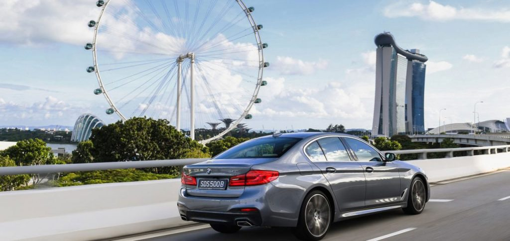 E foarte scump sa detii un autoturism in Singapore