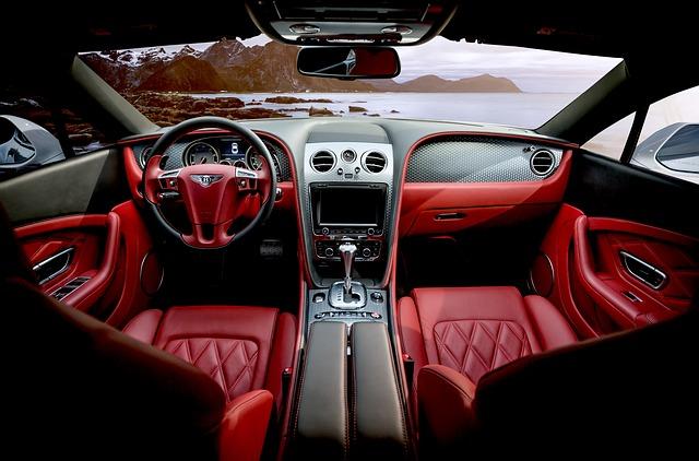 Cum e tancul luxos al unui mecanic rus, adaptat dupa un Bentley