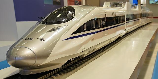 De ce trenul de 600km h al Chinei e mai rapid decat avioanele de 900km h