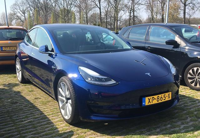Ce masini Tesla vechi vor primi gratuit un cip foarte puternic