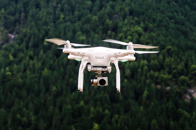 Cum e primul obiectiv anamorfic pentru drone