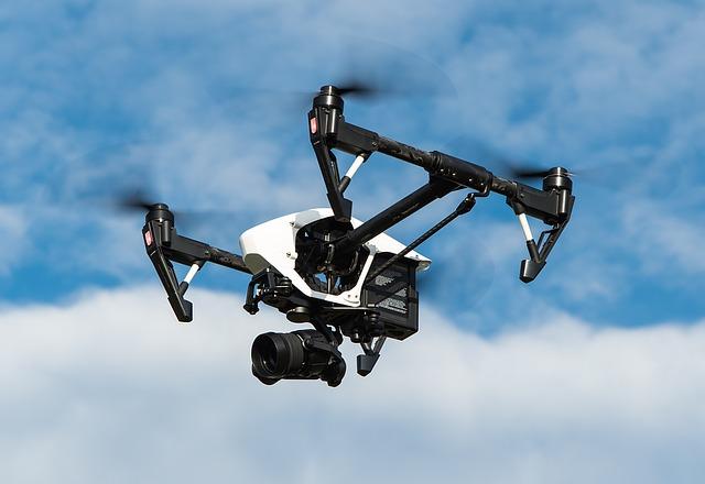 Cum vrea compania de drone DJI din China sa imbuneze SUA