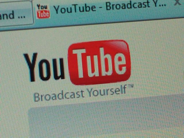 Ce cere Rusia companiei Google care detine YouTube