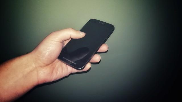 De ce oamenii isi schimba smartphone-urile mai rar ca niciodata