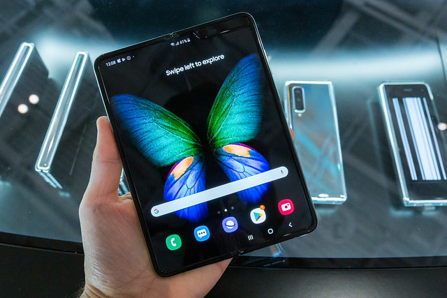 Ce anume s-a defectat la Samsung Galaxy Fold dupa doar o zi