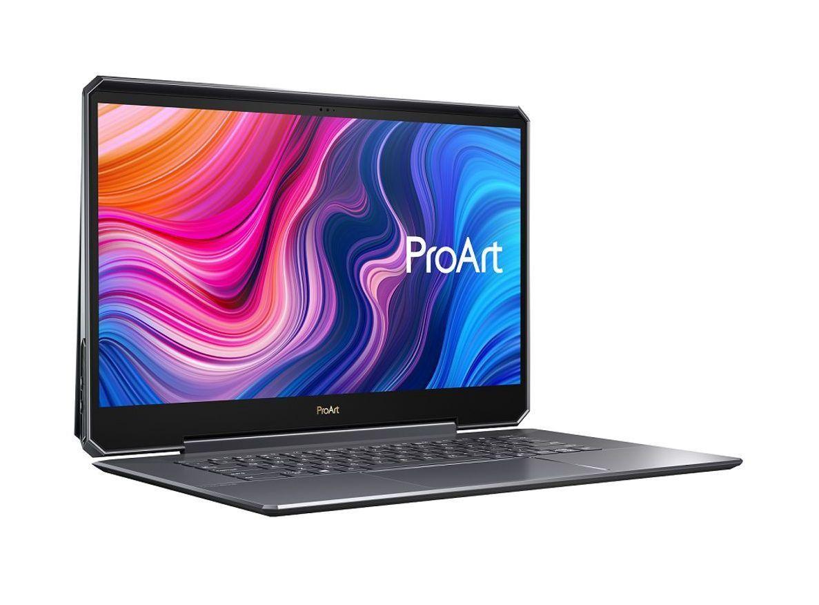 Cum e laptopul ASUS ProArt StudioBook One cu placa grafica de 4000 de dolari