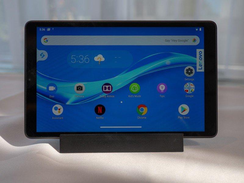 Cum sunt tabletele Lenovo Smart Tab 10 si M8 si ce preturi au