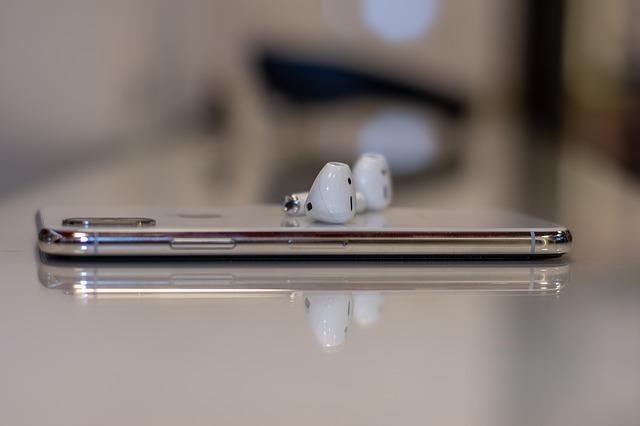 De ce castile wireless Amazon Echo Buds sunt mai bune decat AirPods de la Apple