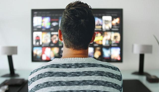 De ce zilele binge watching pe Netflix ar putea ajunge la sfarsit