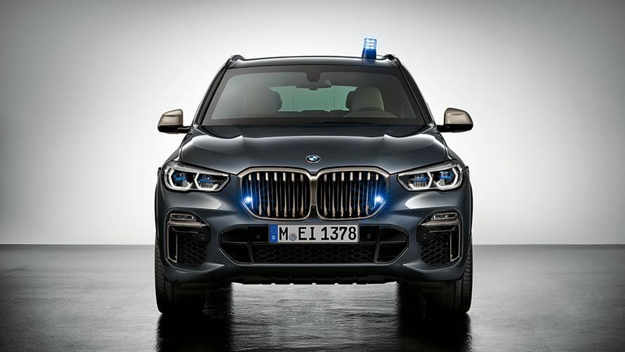 La ce poate rezista SUV-ul blindat al BMW