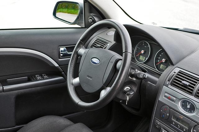Cat costa acum deblocarea si pornirea masinii Ford de la distanta