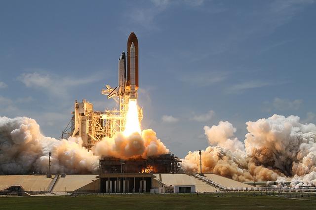 Ce companie foloseste imprimante 3D pentru a crea rachete uriase