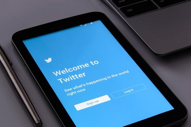 Cum a folosit Twitter numerele de telefon, din neatentie