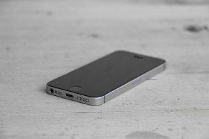 iPhone SE 2 - smartphone-ul surprinzator cu pret si specificatii surprinzatoare