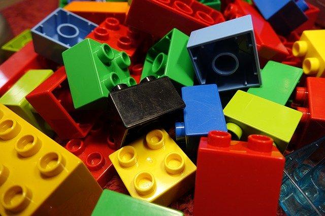 Aceasta camera emblematica a fost recreata din piese LEGO