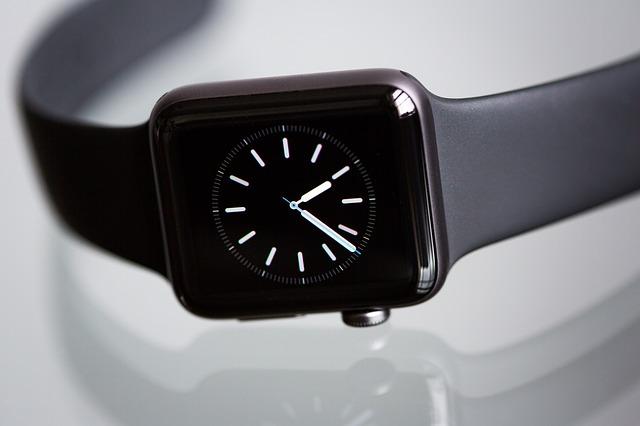 Cum a fost gasit smartwatch-ul Apple Watch furat de doi hoti