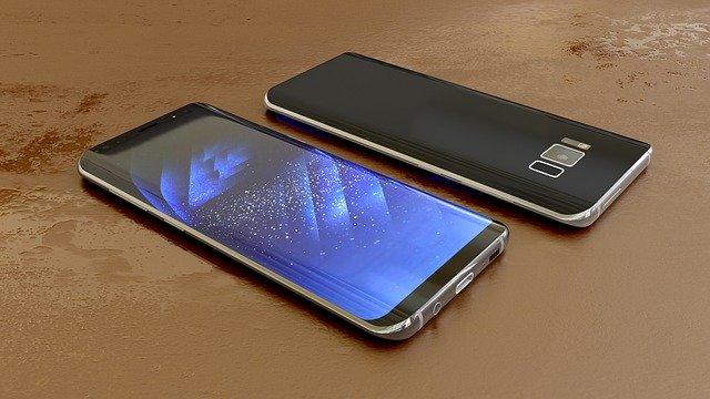Cum poti tasta confortabil pe smartphone fara a-l atinge, datorita Samsung