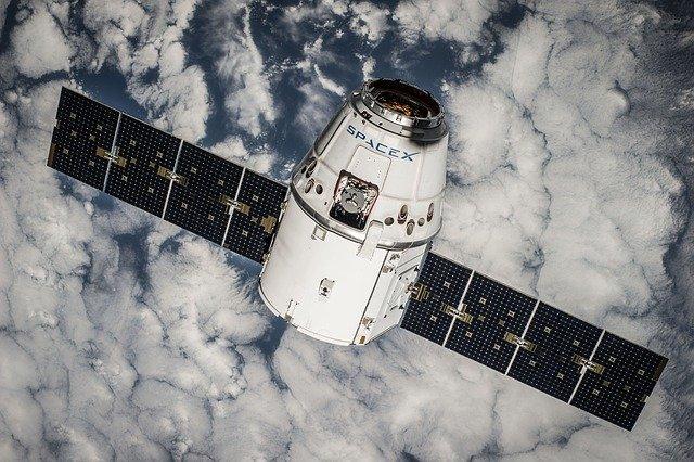 De ce Apple lucreaza la sateliti, spun surse