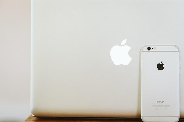 Unele laptopuri MacBook Pro de 16 inci ale Apple inca au acest defect