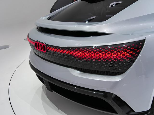 Ce autonomie minima are opulenta masina electrica Audi E-Tron