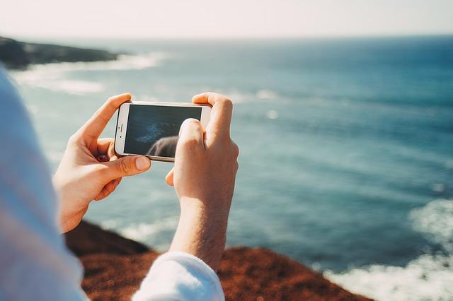 Smartphone-ul care va putea captura video 8K, spun surse