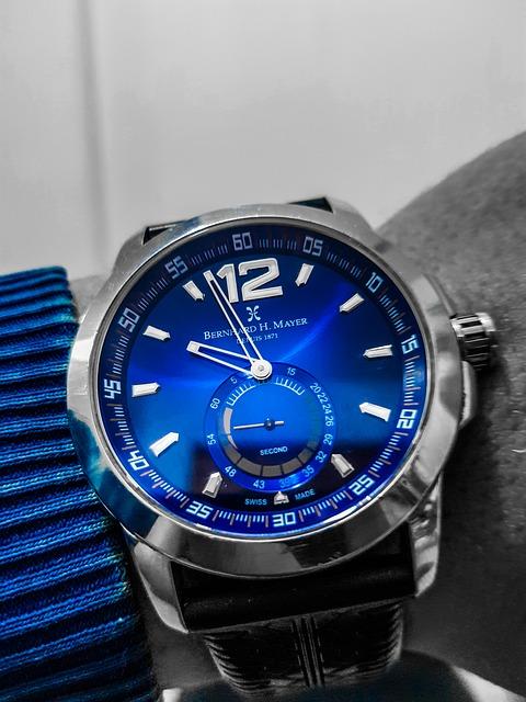 Compania de smartwatch-uri ce a depasit toata industria de ceasuri elvetiene