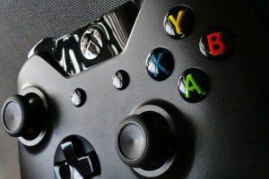 Cum scoti discul din Xbox One cu controlerul