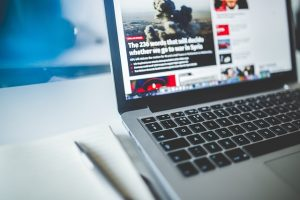In urmatoarele 18 luni va aparea in premiera un anumit Mac de la Apple, spune un analist