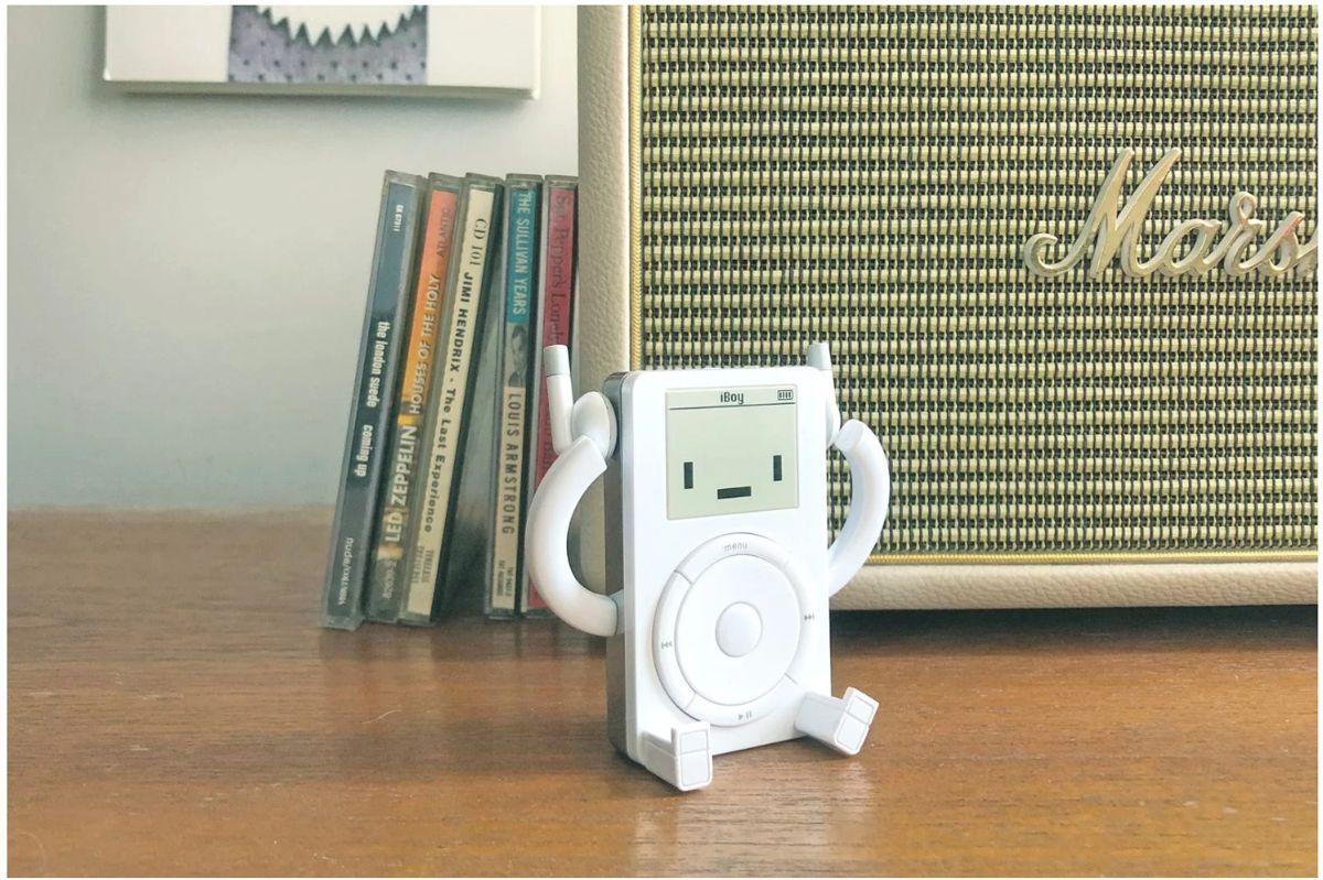 Ce pret are acest iPod de jucarie care se numeste iBoy