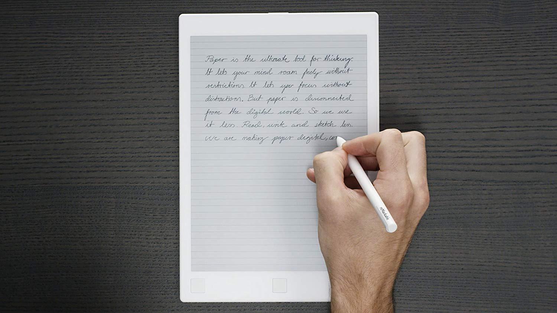 Ce pret are tableta cu autonomie de saptamani si pe care poti scrie ca pe hartie