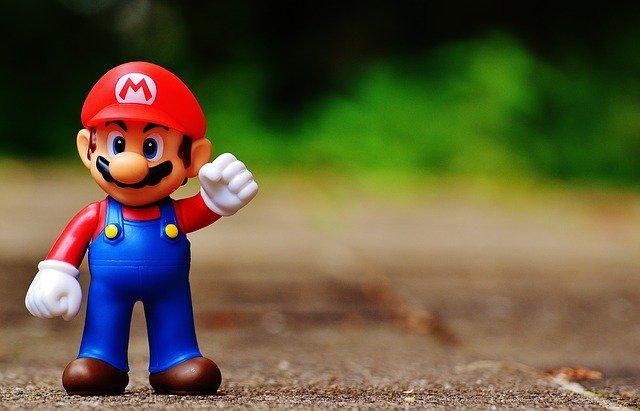Cum sarbatoreste Nintendo 35 de ani de jocuri Super Mario, spun surse