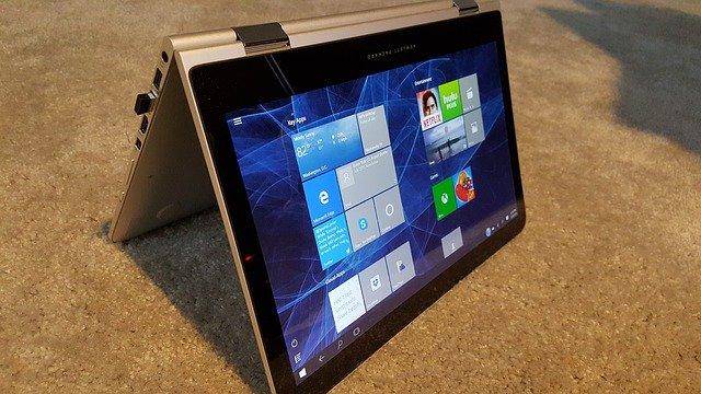 Ce tip de Windows 10 nu va mai oferi Microsoft producatorilor de PC-uri