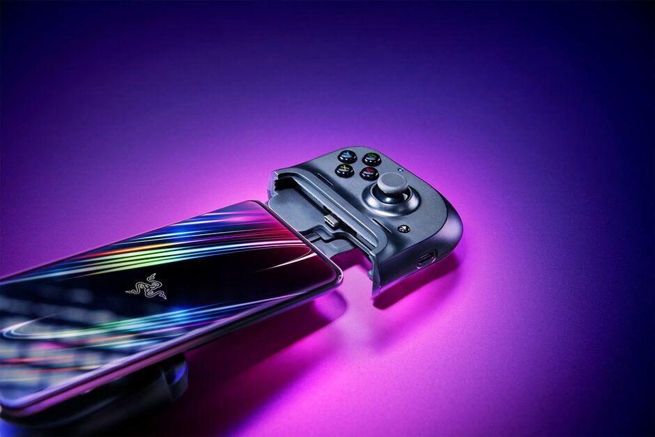 Ce pret are noul controler de jocuri pentru smartphone-uri al Razer