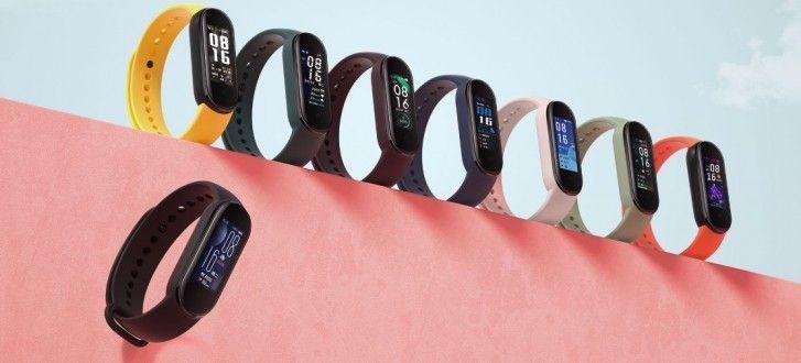 Ce pret incredibil are bratara fitness Xiaomi Mi Band 5
