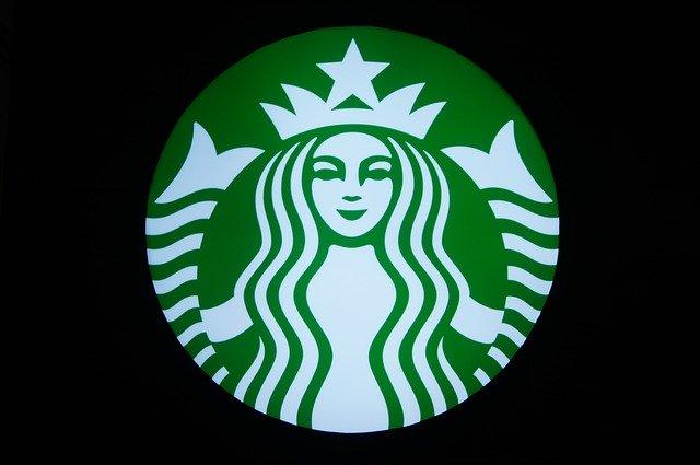 De ce brandul Starbucks isi scoate reclamele de pe retelele sociale