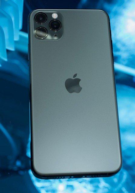 Care iPhone-uri de la Apple ar veni cu un zoom nebunesc