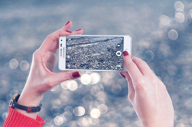 Compania care a depasit Samsung la smartphone-urile vandute