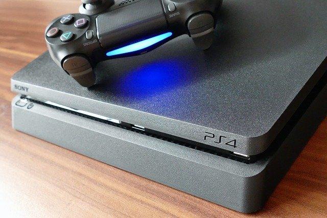 Ce crestere au inregistrat vanzarile de jocuri PS4 in pandemie