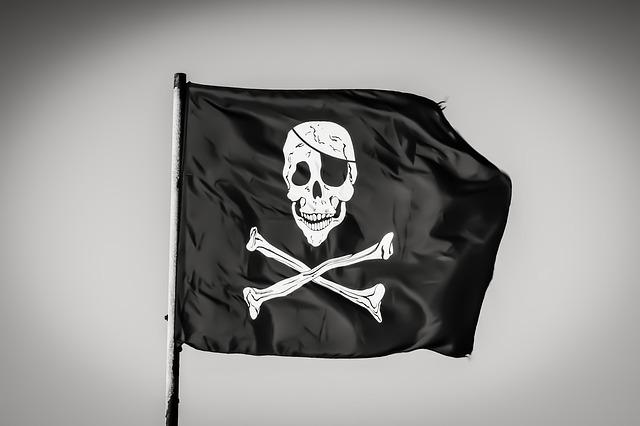 Ce pagube ar fi cauzat trei indivizi acuzati de piraterie de film
