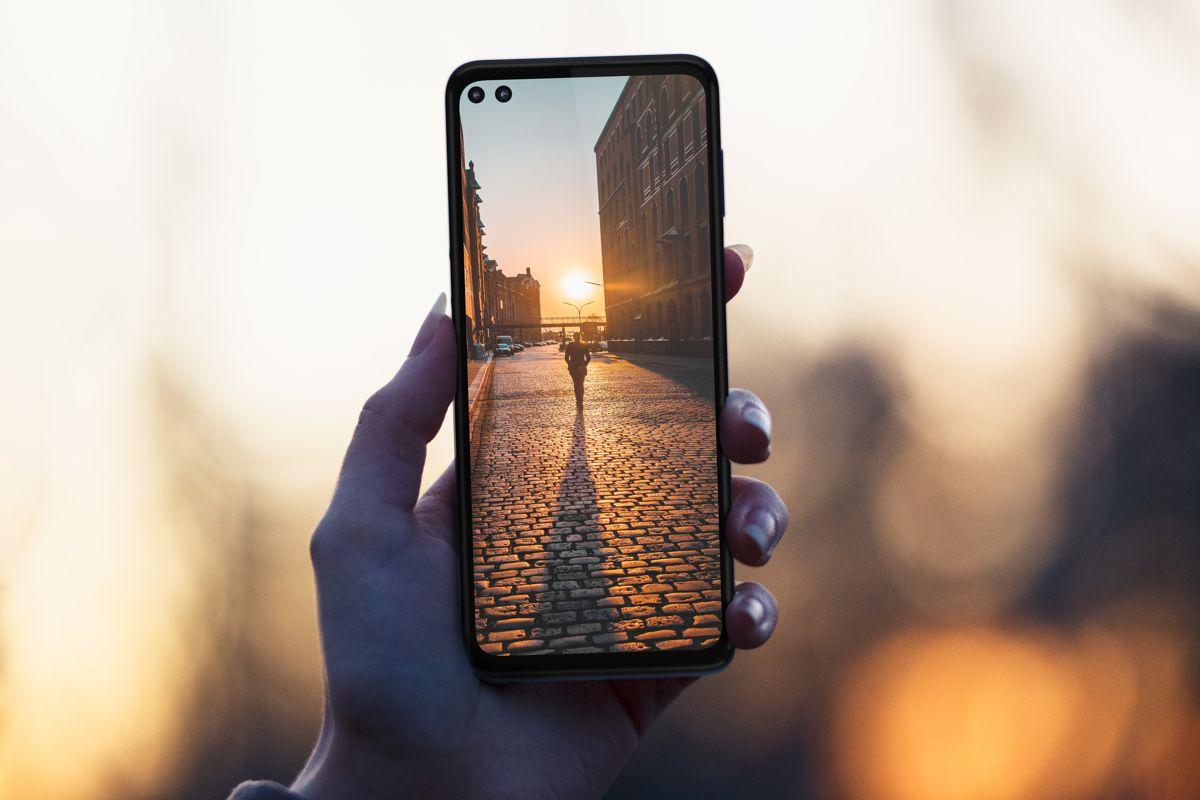 Ce pret are acest smartphone 5G Motorola foarte ieftin