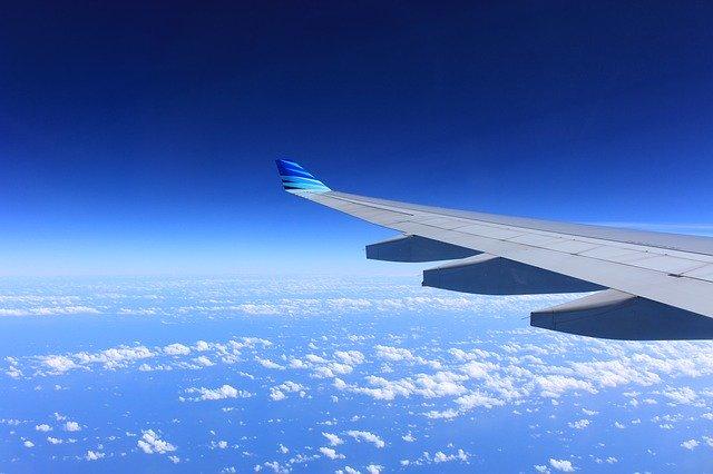 Unde un om zburator a zburat in calea avioanelor