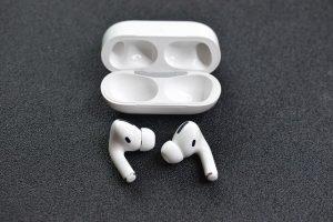 Ce casti AirPods Pro va inlocui Apple gratuit