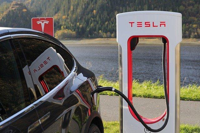 Ce nou record a stabilit Tesla in trimestrul 3 cu masinile electrice