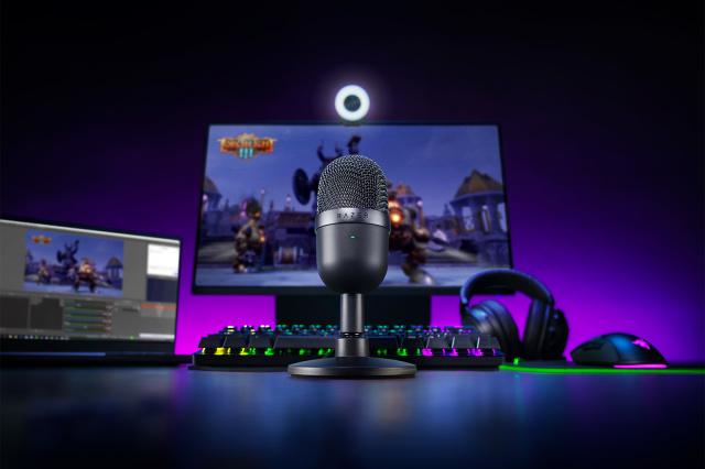 Ce pret are acest microfon Razer ieftin si de calitate studio