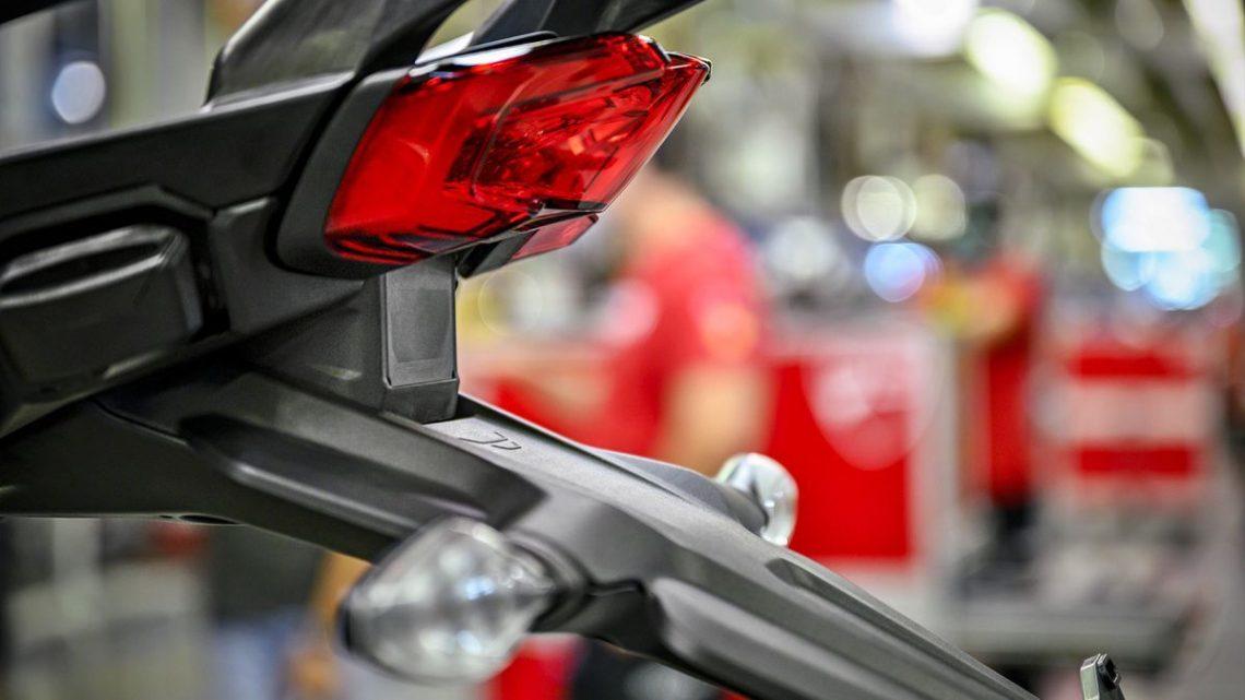 De ce Ducati va instala radare in motocicletele sale