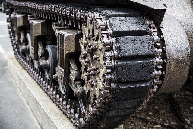 Armata carei tari ar putea fi formata 25% din roboti pana in anii 2030