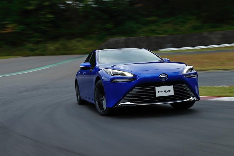 Ce autonomie are a doua generatie a masinii Toyota Mirai