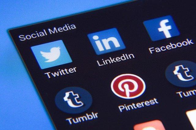 Publicatia care revine pe Twitter dupa ce a fost interzisa pe aceasta platforma