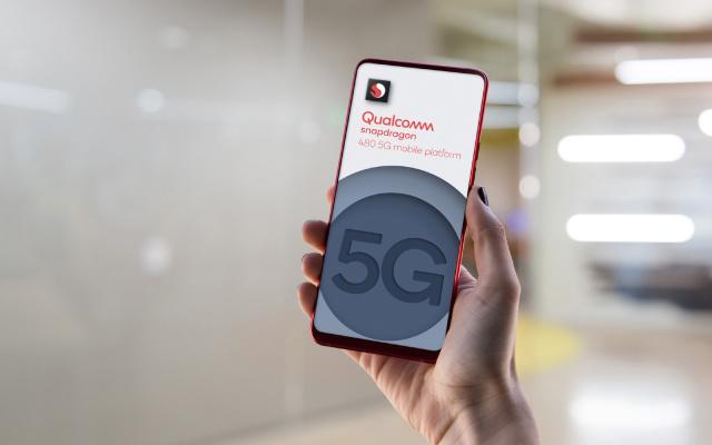 Acest cip va aduce 5G pe smartphone-uri si mai ieftine