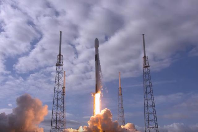 Compania spatiala care a lansat 143 de sateliti doar cu o misiune